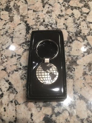 Small metal key ring for Sale in Los Angeles, CA
