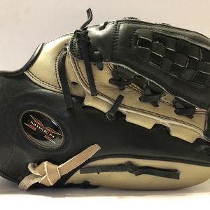 Miken Fielding Glove for Sale in Buckley, WA