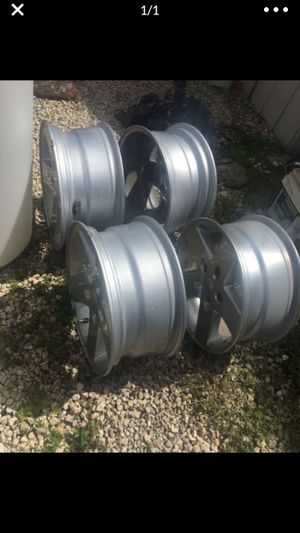 "Set of Jeep rims wheels 17"" for Sale in Tamarac, FL"