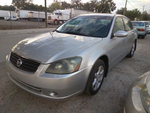 2006 nissan altima 4 doors sedan automatic for Sale in Tampa, FL
