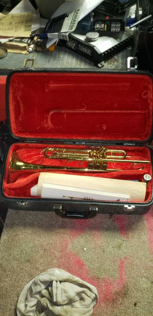 King trumpet for Sale in Saint Joseph, MO