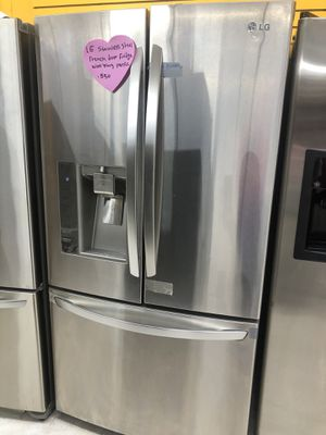 Lg stainless steel French doors fridge in excellent condition for Sale in West Laurel, MD