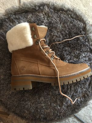 Women's Timberland boots size 9. New in box for Sale in Beltsville, MD