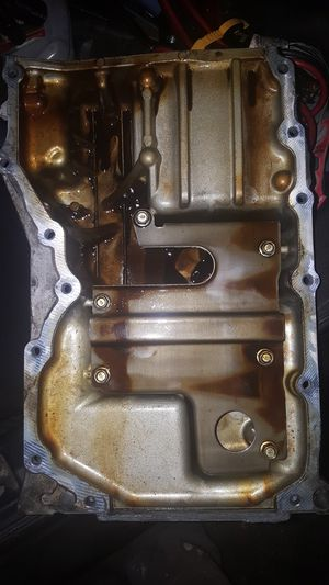2008 Mazda 5 Oil Pan Good Condition not damage at all!!Mazda for parts!! for Sale in Santa Ana, CA