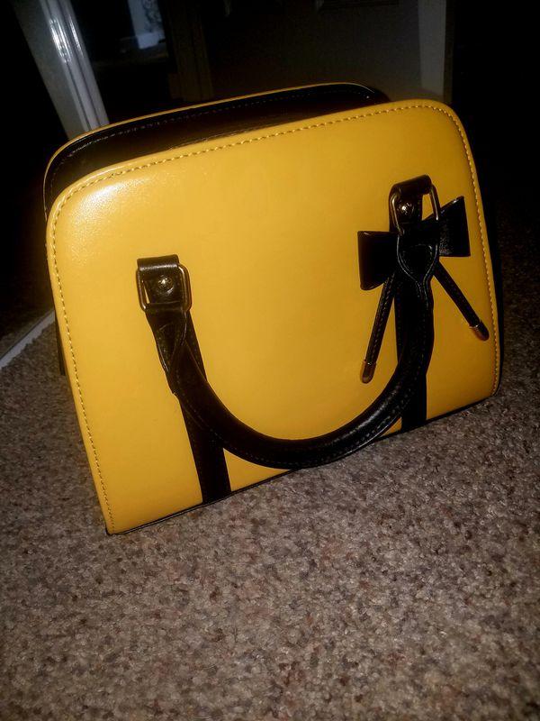 Classy yellow handbag