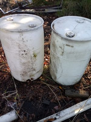 55 gallon plastic drums for Sale in Lake Wales, FL