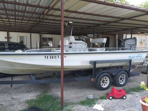Blue wave 220 classic w/t 200 hp jhonson nice boat just buy it but i needs the money for Sale in Wills Point, TX