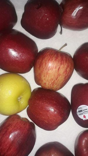 Manzanas gratis for Sale in Phoenix, AZ
