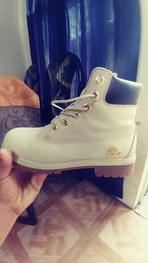 Timberland size 5.5 for Sale in Dallas, TX