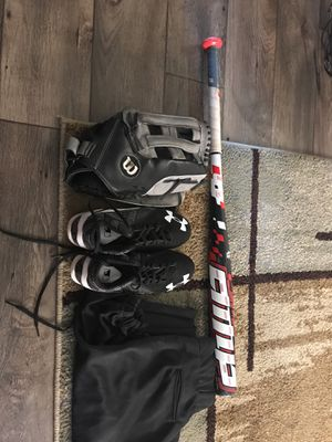 Softball gear and pants for Sale in Las Vegas, NV