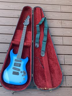 Electric Guitar for Sale in Aberdeen,  WA