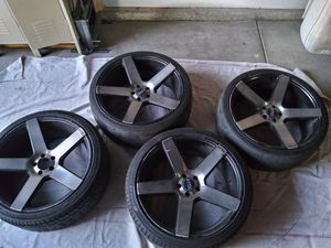"""DOLCE Wheels 22"""" for Sale in Bakersfield, CA"""