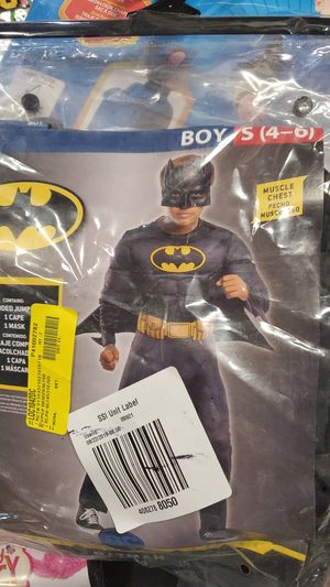 Boys Batman costume size small 4 to 6 for Sale in Riverside, CA