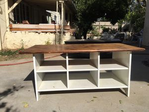 """Tv stand 47""""long x 23"""" wide. for Sale in Beaumont, CA"""
