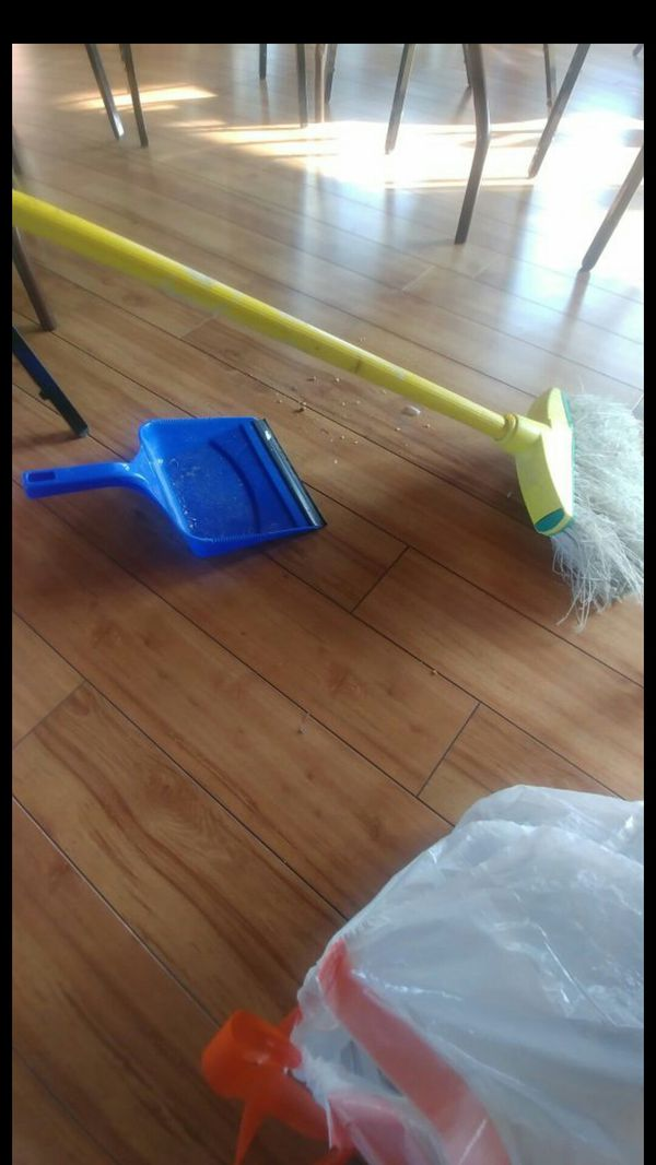 Housecleaning 25 an hour