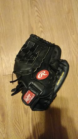Rawlings t-ball glove for Sale in Houston,  TX