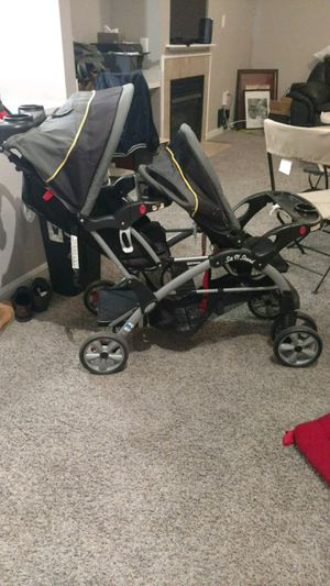 Needs a parents cleaning - Baby Trend Dual stroller 60 obo for Sale in Rockville, MD