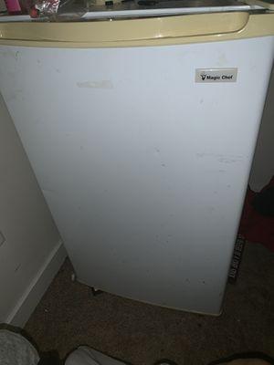 Mini fridge for Sale in Auburn, WA