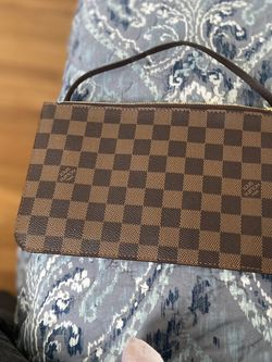 Louis Vuitton Pouch for Sale in New Rochelle,  NY