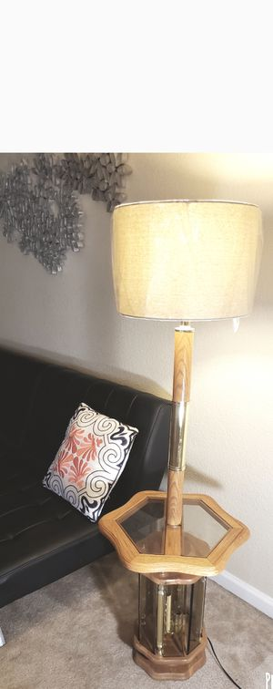 Beatiful lamp for Sale in Clovis, CA