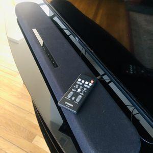Yamaha Soundbar w Dual Built-In Subwoofers for Sale in San Francisco, CA