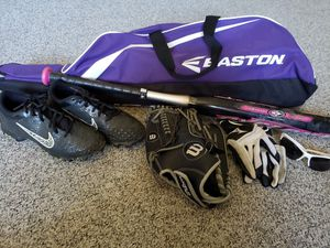 SOFTBALL GEAR!! for Sale in Cherry Hill, NJ