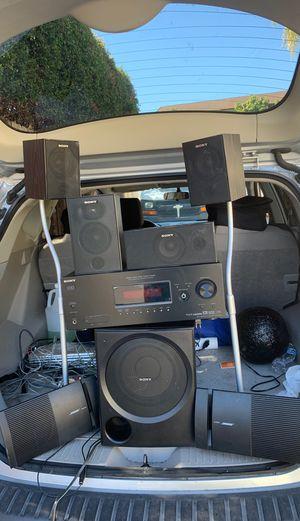 Speaker set for Sale in Chula Vista, CA