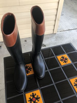 Rain boots for Sale in Baton Rouge, LA