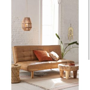 UO BROWN LEATHER FUTON for Sale in Signal Hill, CA