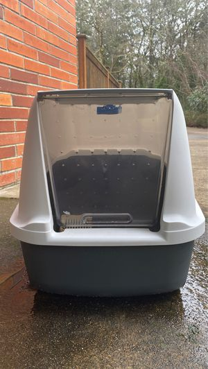 Cat liter Box for Sale in Eugene, OR