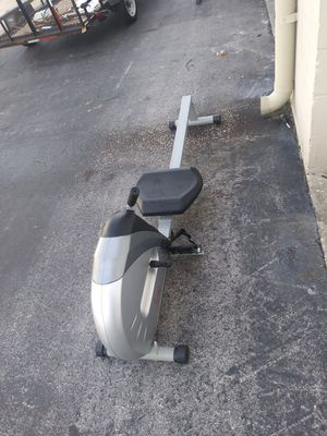 Sunny fitness rower machine for Sale in Tampa, FL