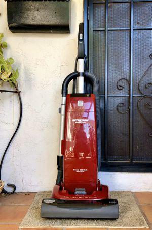 Kenmore Intuition w/ Power Flow Vacuum Cleaner for Sale in El Cajon, CA
