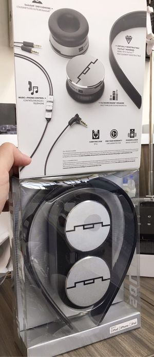 New in box Sol Republic Tracks HD V10 headphone headset works for IOS ipad iphone android Amazing Sound m for Sale in Los Angeles, CA