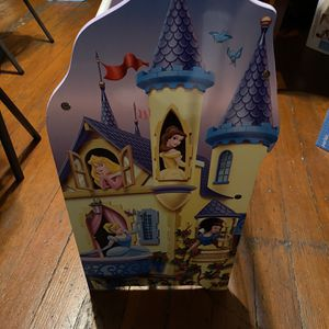 Princess shelf delivery obo for Sale in Los Angeles, CA