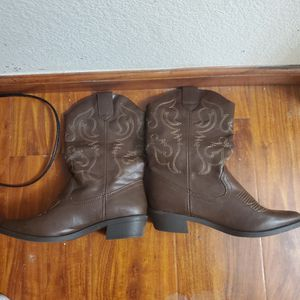 Cowgirl Boots New for Sale in Las Vegas, NV