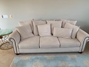 Sofa/couch for Sale in Rancho Cucamonga, CA