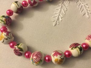 Hot pink glass pears and rose necklace for Sale in Alexandria, VA