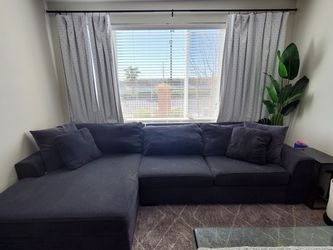 Living Spaces Delano Sectional for Sale in Las Vegas,  NV