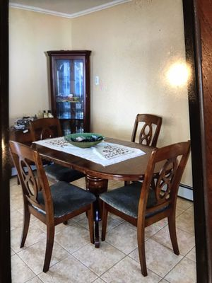 Kitchen table and cine closet for Sale in North Bellmore, NY
