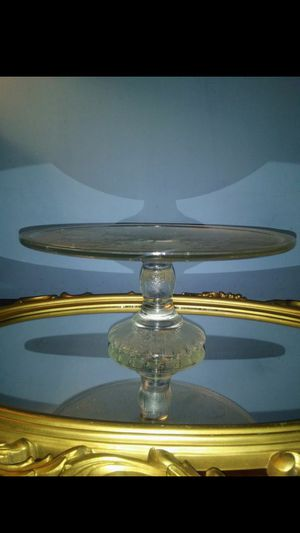 "JEANNETTE'S HARP - 10"" Glass Pedestal Cake Stand for Sale in Raleigh, NC"