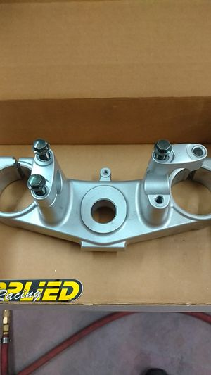 YZ 250 triple clamp for Sale in Denver, CO