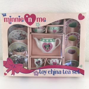 Minnie n me Disney Toy China Tea Set 17 pieces 1990s for Sale in Huntington Beach, CA