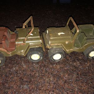 2 Vintage Metal Army Jeep Toys. Tonka for Sale in Seattle, WA