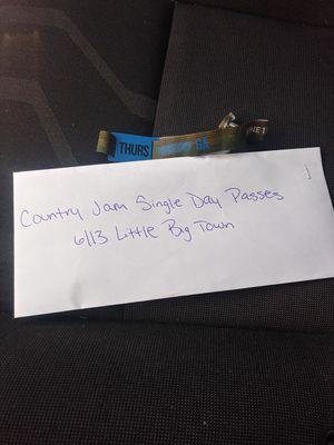 2 Single Day GA Little Big Town for Sale in Wheat Ridge, CO