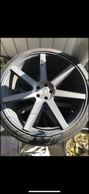24x10 Niche Verona Black/Machined w/ Tint And 275/35r24 106W tires With PS for Sale in Chula Vista, CA