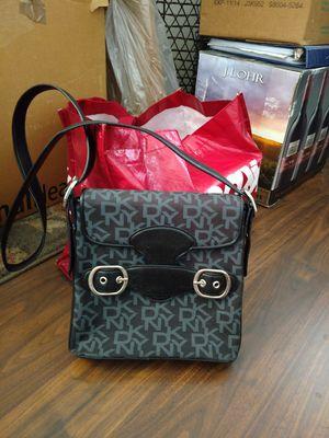 DKNY messenger bag for Sale in Henderson, NV