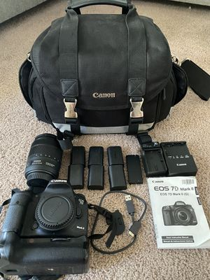 Canon 7dmk ii for Sale in Seattle, WA