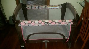 Graco pack and play baby crib bedding for Sale in Chicago, IL