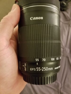 Canon efs 55-250mm lense for Sale in Fullerton, CA
