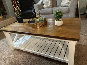 Farmhouse style coffee table for Sale in El Mirage, AZ
